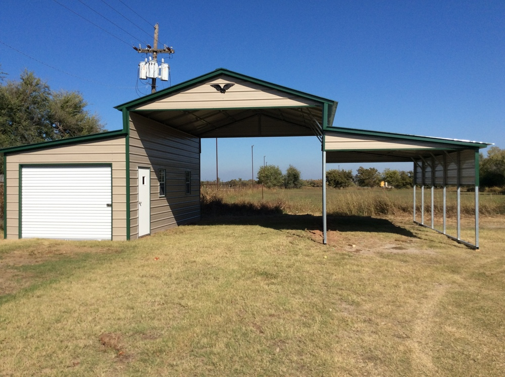Metal Vertical Horse Barn with enclosed side and lean-to